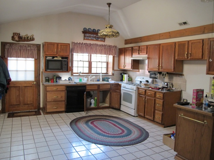 Big ol' kitchen!
